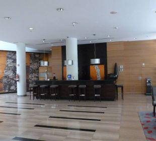 Lobby Hotel H10 Marina Barcelona