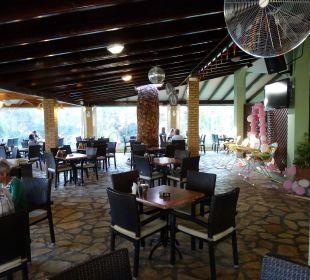 Restaurant außen Hotel Robolla Beach