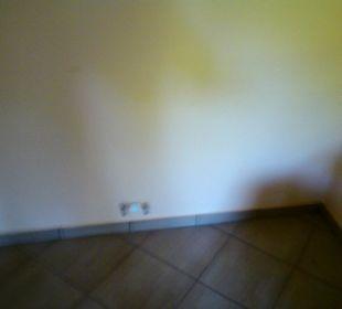 Küchenanschluss- leider fehlten die 2 Herdplatten Hotel Zamek Karnity