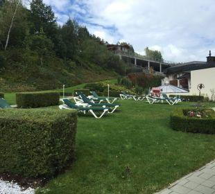 Dachterrasse mit Infinity Garten Alpina Family, Spa & Sporthotel