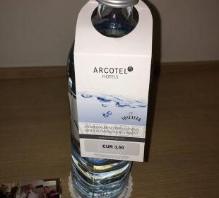 Wasserflasche - kostenpflichtig ARCOTEL Rubin