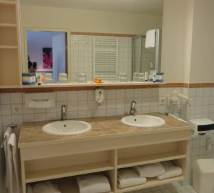 Badezimmer Hotel Sole-Felsen-Bad