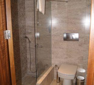 Sauber und ausreichend Side Sun Bella Resort & Spa