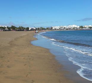 Strand mit Sand und Meer  Hotel Las Costas