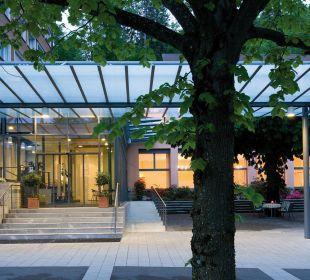 Hoteleingang Hotel Zentrum Ländli
