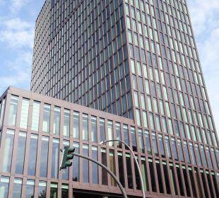 Hotel von außen Empire Riverside Hotel Hamburg