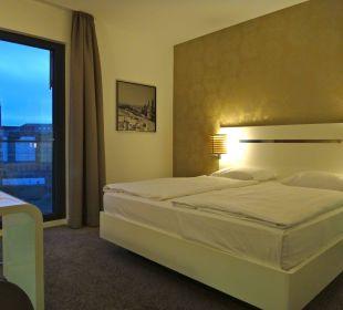 Bequemes Bett  Innside Dresden