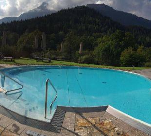 Außenpool Kempinski Hotel Berchtesgaden