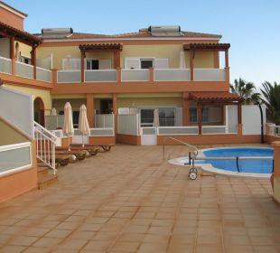 Pool und Terrasse allgemein Apartments Ultra Tres