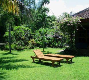 Blick auf den kleinen Bungalow Saraswati Holiday House