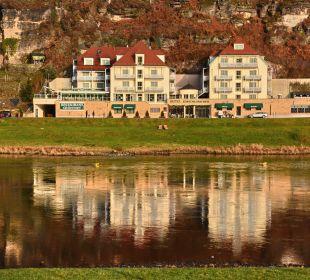 Hotel im Spiegel der Elbe Hotel Elbschlösschen