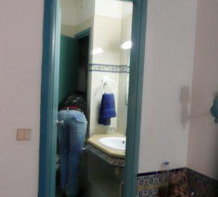 Personnel réparant l eau chaude et chase d eau  Hotel Club Acquaviva