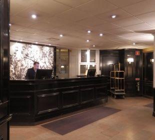 Rezeption First Hotel Reisen