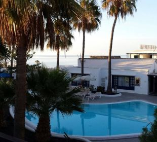 Poolausblick mit Sicht auf's Meer Bungalows & Appartements Playamar