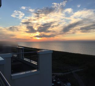 Sonnenuntergang vom Balkon Strandhotel Dünenmeer