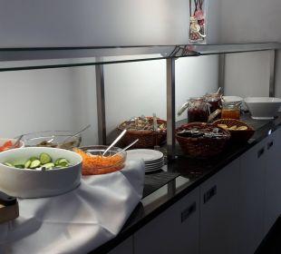Sehr leckeres Frühstück Victor's Residenz Hotel Berlin Tegel