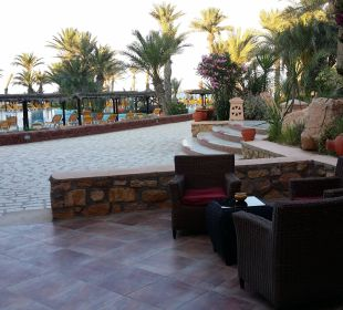 Vue piscine Hotel Safira Palms