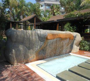 Wasserfall Hotel Royal Dragon