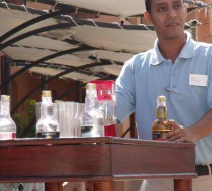 Mohammed, immer freundlich und hilfsbereit TUI SENSIMAR Makadi Hotel