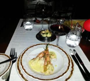 Franz. Essen in der Basilika  Gloria Verde Resort