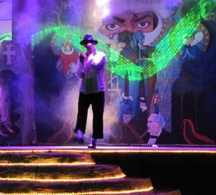 Michael Jackson Motto-Show Hotel Oleander