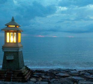 Abendliche Aussicht vom Restaurant Hotel Mukdara Beach Villa & Spa Resort