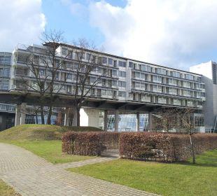 Außenansicht 2 Kongresshotel Potsdam am Templiner See