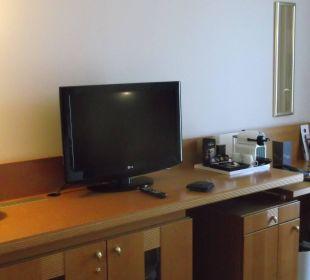 TV Sheraton Düsseldorf Airport Hotel
