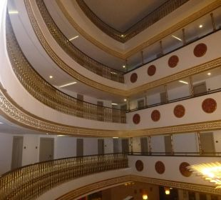 Die Hoteletagen Hotel Side Crown Palace