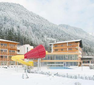 Außenansicht Winter Rieser's Kinderhotel Buchau