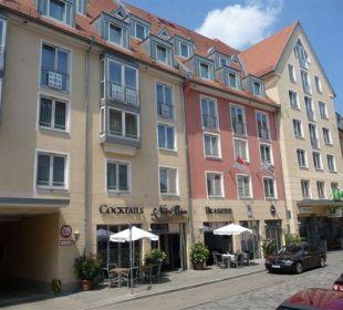 Aussengastronomie Bar & Brasserie NitriBizz Hotel Holiday Inn Nürnberg City Centre
