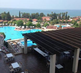 Großer Pool Hotel Horus Paradise Luxury Club