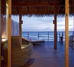 Senior Water Villa11 Hotel Constance Moofushi Resort