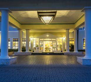 Lobby Grand Bahia Principe Cayacoa