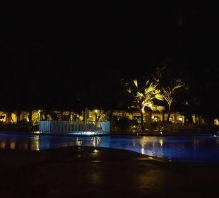 Pool am Abend Grand Bahia Principe El Portillo