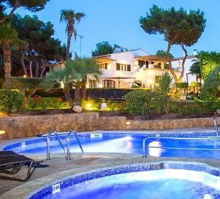 Pool bei Nacht Hotel Bendinat