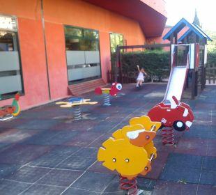 Vi la Romana Spielplatz ist vor dem Hotel Villa Romana