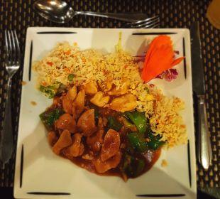 Chinese SUNRISE Select Royal Makadi Resort