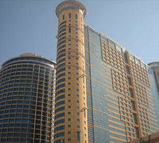 Außenansicht Grand Millennium Al Wahda Hotel Grand Millennium Al Wahda Abu Dhabi