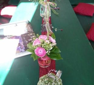 Florale Tischdekoration Hotel Goldener Stern