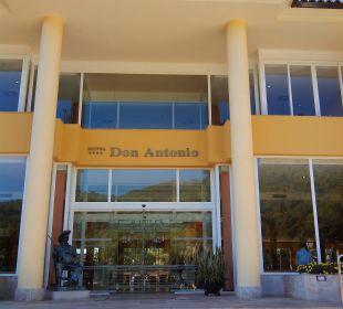 Hoteleingang Haupthaus Hotel Don Antonio