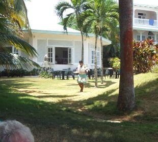 Der Drink wird zum Strand gebracht Villa Serena