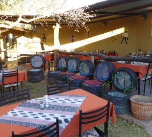 Innenhof Etosha Safari Camp