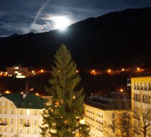 Blick bei Mondaufgang vom Appartement 1010  MONDI-HOLIDAY First-Class Aparthotel Bellevue