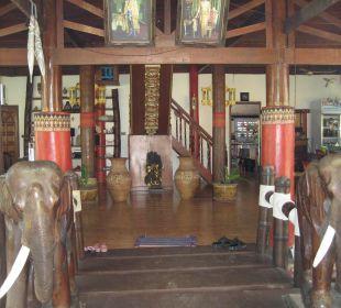 Aufenthaltsbereich Hotel Na Thai Resort