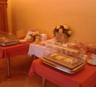 Hübsch angerichtetes Frühstück Gästehaus Rosenhof