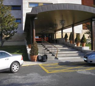 Eingang des Paradors Hotel Parador de Salamanca