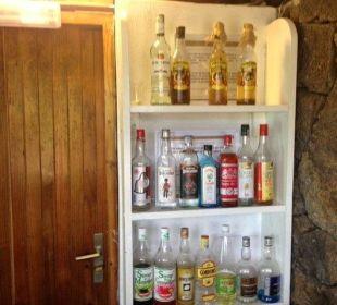 Bei All inn nur lokalische rinfache getranke Paradise Cove Boutique Hotel
