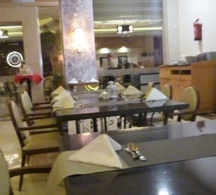 Restaurant White Beach Resort
