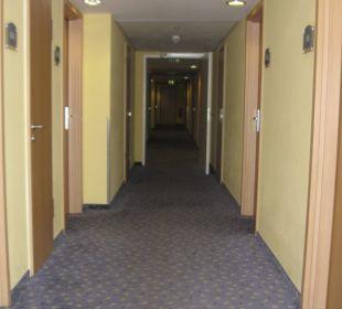 Korridor auf der 4. Etage Vienna House Easy Berlin